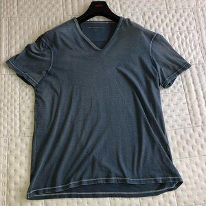John Varvatos Red Star T-Shirt Size L